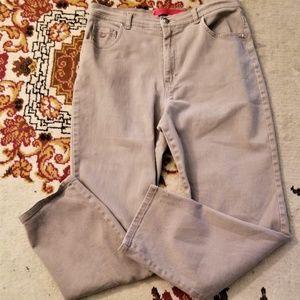 Gloria Vanderbilt Tan jeans Size 14 Short